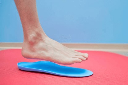 What is the best treatment option for mortons neuroma - shoe inserts