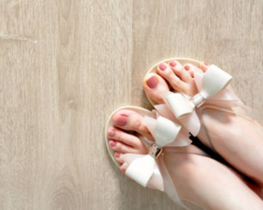 Best Sandals For Morton's Neuroma In Women